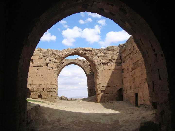 Old Harran arches (Photo Aigerim Korzhumbayeva, 2011)
