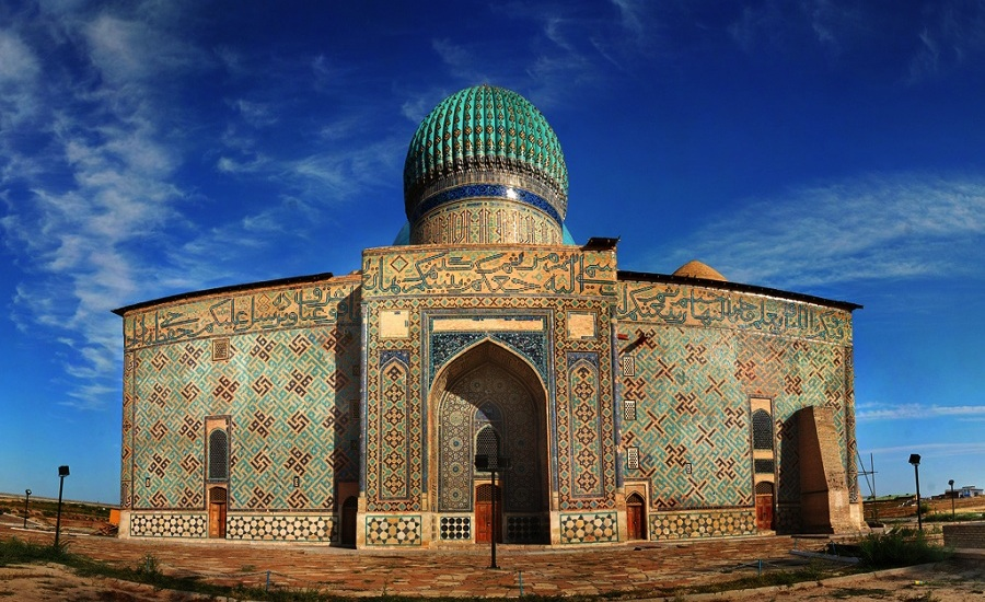 Mausoleum of Khoja Ahmad Yasawi, with portal entrance facade (Image in public domain)